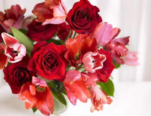 Как правильно собрать букет? Какие цветы нельзя ставить в одну вазу?