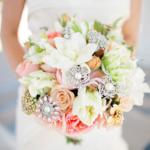 свадебный нежный букет с бусинами