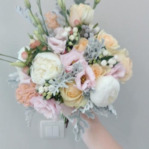 Пионовидная роза №30