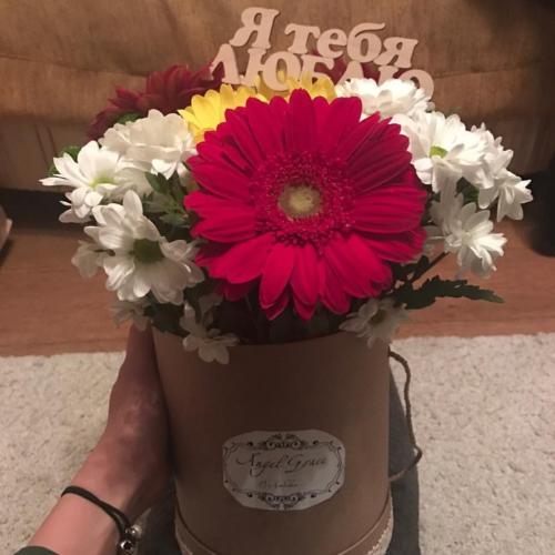 Шляпная коробка с цветами №04
