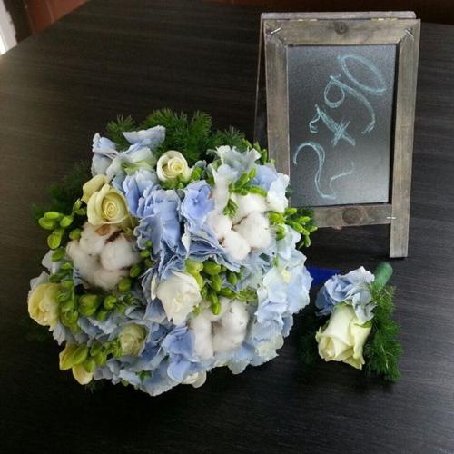 Свадебный букет с бутоньеркой №18