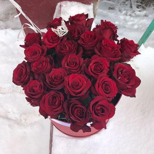 Шляпная коробка с розами №07
